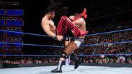 Shinsuke Nakamura deliver a Kinshasas to Rusev