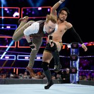Gallagher battles with Itami