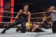 Tamina knock Paige