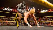 Breeze dropkick Itami