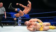 Roode elbow Rawley