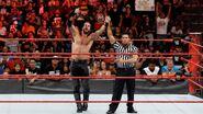 Seth-Rollins wins