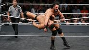 McIntyre took Roode out