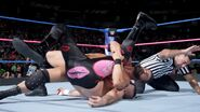 Roode pin Kanellis for the wins
