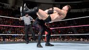 Kane deliver another chokeslam to Balor