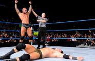 Wade-Barrett Orton SmackDown-12
