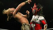 Jushin chest-slapped Breeze