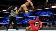 Mahal knee onto Nakamura