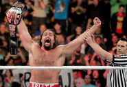 Rusev defeating Kalisto 2016