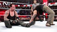 Bray-Wyatt-Undertaker