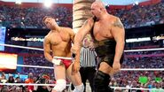 Big-Show knocks Cody out