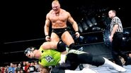 Brock Lesnar interrupt The Hurricane match