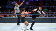 Owens kick Gable