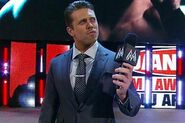 The-miz-microphone