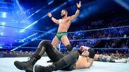 Bobby-Roode taunting both stars