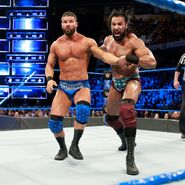 Jinder Mahal puts Bobby Roode to the turnbuckle