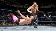Sami-Zayn tackle-down Mike-Kanellis