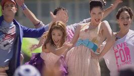 Vid promo Violetta-(Martina-Stoessel) En-mi-Mundo