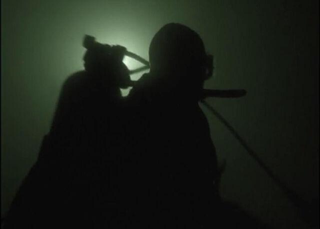 File:Mulder Diving Max.jpg