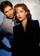 X-files-s1-duchovny-mulder-anderson-scully-promo3
