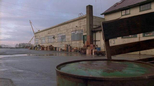 File:Warehouse, Germantown, Maryland.jpg