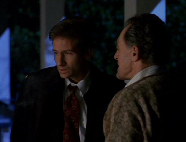 File:William Mulder with Fox Mulder.jpg