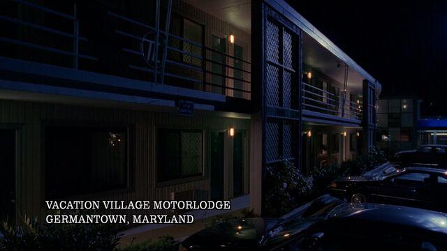 File:Vacation Village Motor Lodge, Germantown, Maryland, February 1995.jpg