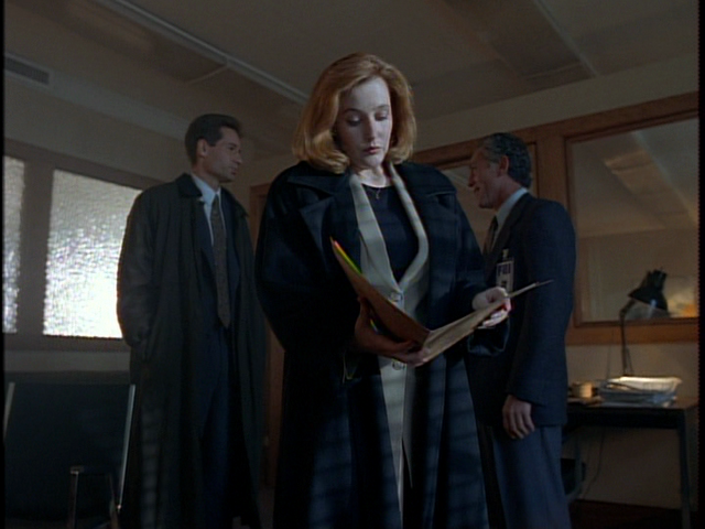 File:Irresistible Mulder and Scully.png