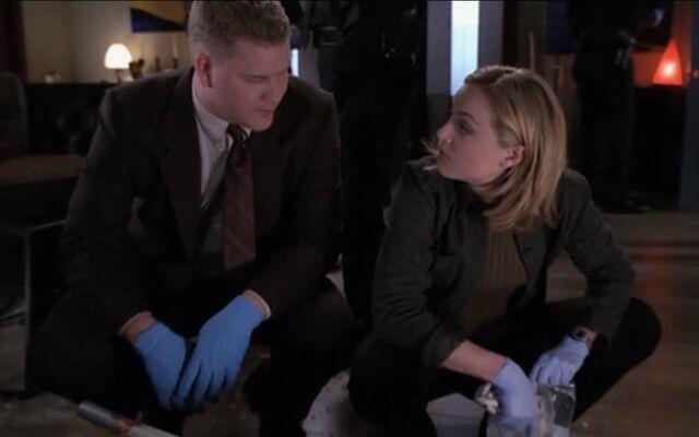 File:Detective Kate Lockley at crime scene.jpg