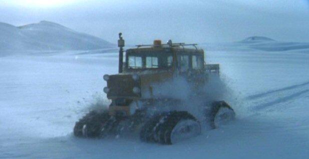 File:Snowcat driven by Fox Mulder.jpg