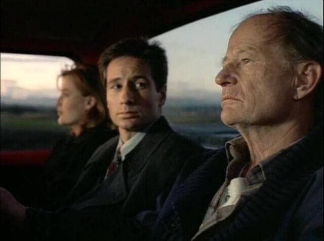 File:Scully Mulder Old Man Truck Delta Glen Wisconsin Red Museum.jpg