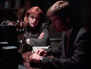 Scully Mulder Blank Tape Little Green Men
