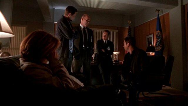 File:Dana Scully, Fox Mulder, Walter Skinner, John Doggett and Alex Krycek.jpg