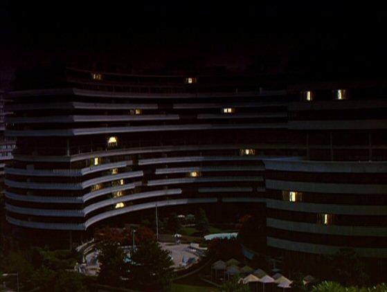 File:Watergate Hotel & Office Complex.jpg
