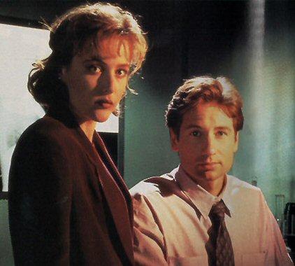File:Fox Mulder and Dana Scully.jpg