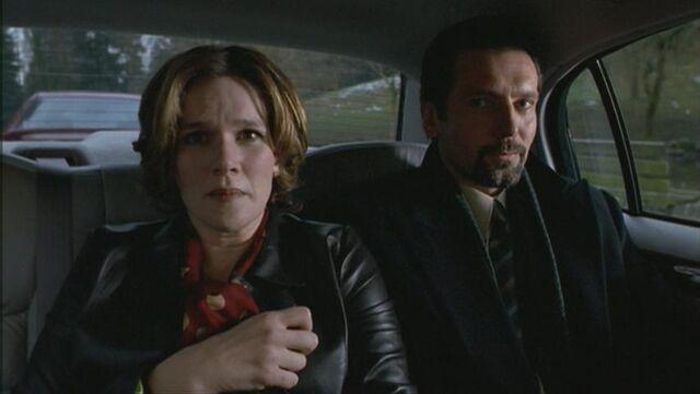 File:Frumin with Carol Strode as hostage .jpg