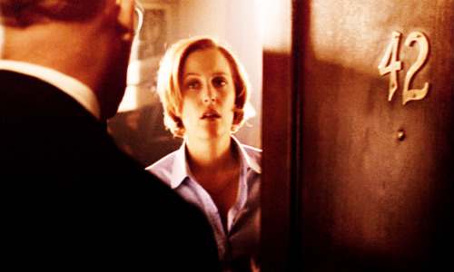 File:42 Scully door.jpg
