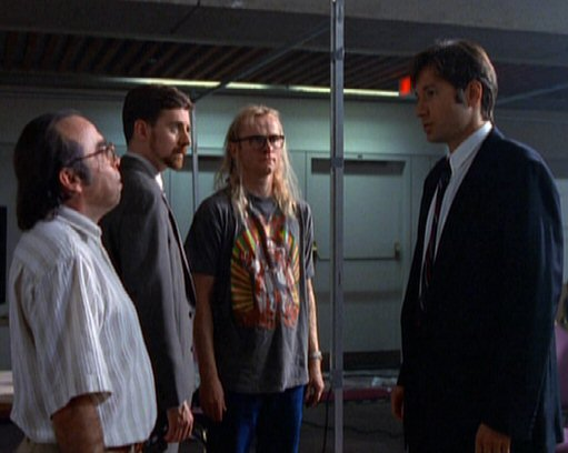 File:Fox Mulder and the Lone Gunmen (1989).jpg