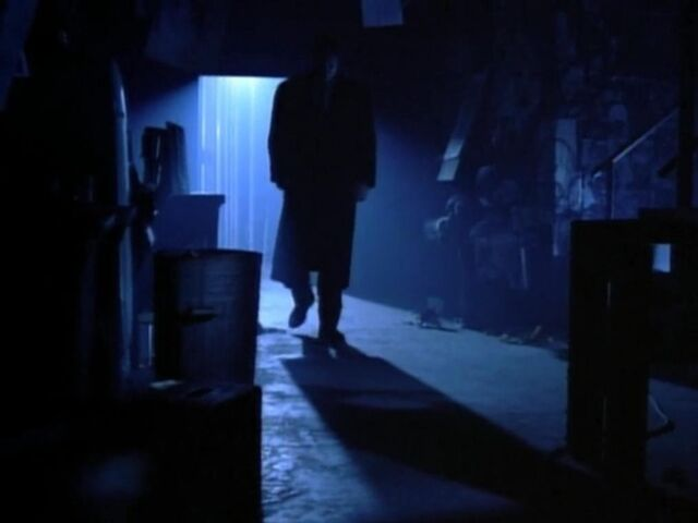File:Mulder in Mostow's Studio Grotesque.jpg