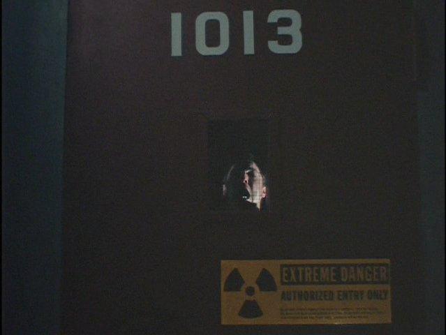 File:Alex Krycek behind door 1013.jpg