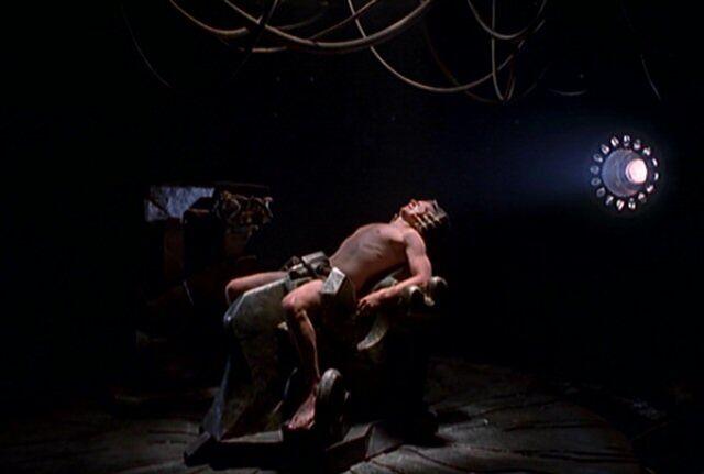 File:Fox Mulder's abduction.jpg