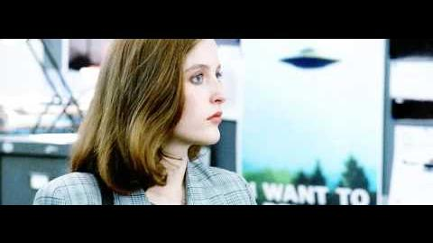 The X Files - Scully and Mulder first scene