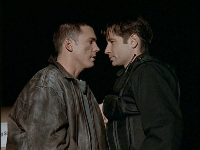 File:Alex Krycek is interrogated by Fox Mulder.jpg