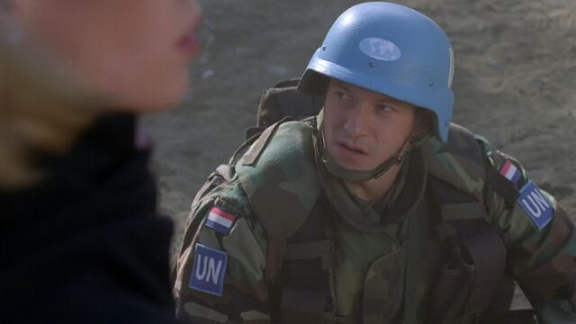File:Dutch UN peacekeeper, 1998.jpg