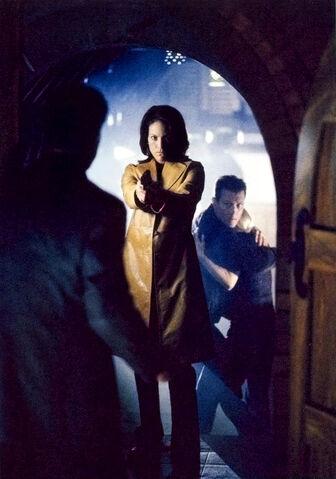 File:Monica Reyes Doggett gun arch.jpg