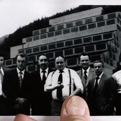 William Mulder (<i>second from left</i>) with his Syndicate co-workers
