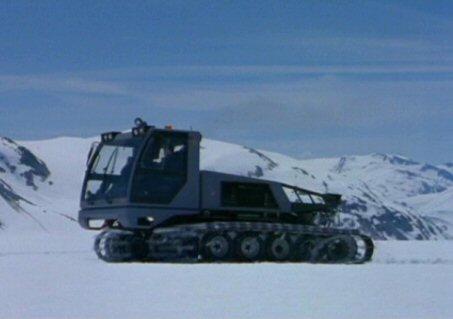 File:Snowcat (side).jpg