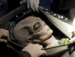Cadavre Colon Extraterrestre Monstres d'utilité publique 1re partie