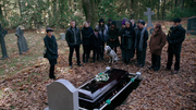 2x11 Archie funeral