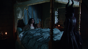 4x14 Maleficent with Snow